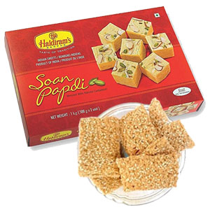 gajak-with-soan-papdi-combos-Indore