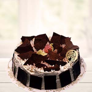 Black Forest Cake: Father's Day Javeri Bagh,  Indore