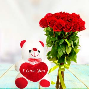 Teddy And Roses: Valentine's Day Gifts For Girlfriend Yeshwant Road,  Indore