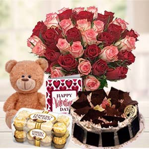 Beautiful Gifts Hamper: Valentine's Day Gifts For Girlfriend Tilaknagar,  Indore