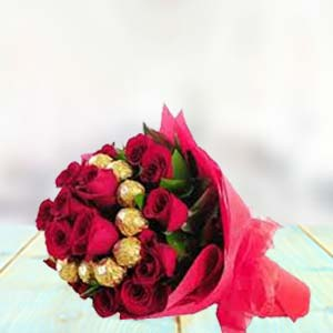 Flowers With Chocolate Bunch: Gift Tukoganj,  Indore