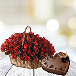 Rose Basket And Cake: Valentine's Day  Indore