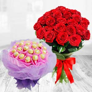 Flower Bunch With Chocolates Bouquet: Valentine's Day Chocolates Khedi Sihod,  Indore