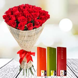 Roses & Temptations combo: Mothers day flowers chocolates  Indore