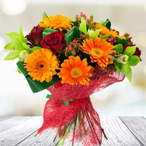 Bunch Of Mixed Flowers: Gift Baoliakhurd,  Indore