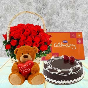 Five Valentine Gifts Combo: Valentine's Day Gifts For Boyfriend Topkhana,  Indore