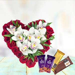 Heart Shaped Arrangement With Temptations: Karwa Chauth Gifts  Indore