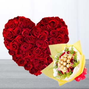Heart Shaped Arrangement With Chocolates: Valentine's Day Gifts For Girlfriend Tilaknagar,  Indore