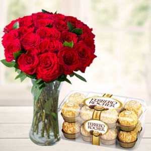 Chocolates Combo: Valentine's Day Gifts For Boyfriend  Indore