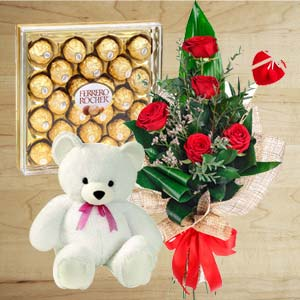 Chocolate Combo With Softtoys: Valentine's Day Gifts For Girlfriend New Palasia,  Indore
