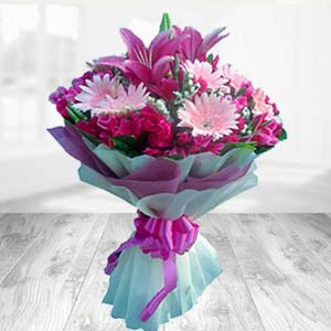 Bouquet Of Mix Flowers: Gift Bicholi Mardana,  Indore