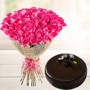 Fresh Pink Roses With Chocolate Cake: Gift Tilaknagar,  Indore