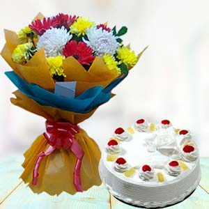 Fresh Mix Flowers With Pineapple Cake: Gift New Palasia,  Indore