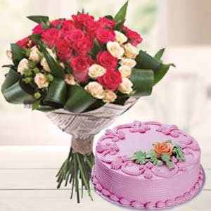 Roses Bunch With Strawberry Cake: Father's Day Cgo Complex,  Indore