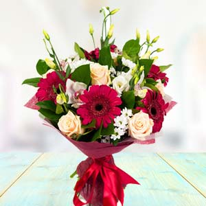 Mix Roses & Gerbera Flowers: Valentine Gifts For Husband Sringar Colony,  Indore