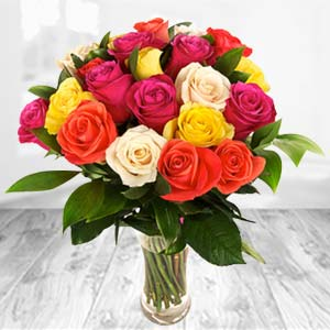 Roses In Glass Vase: Gifts For Him Indore Cantt,  Indore