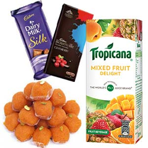 Tropicana With Chocolates Combo: Diwali Gifts Khedi Sihod,  Indore