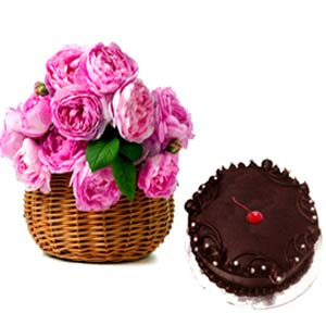 Pink Roses and Chocolate cakes: Christmas Sringar-colony, Indore