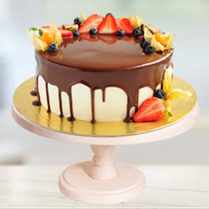 Strawberry Topping Chocolate Cake: Gifts For Brother Radio Colony,  Indore