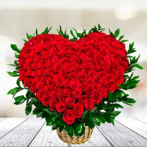 100 Red Roses Arrangement: Rose Day Jail Road,  Indore
